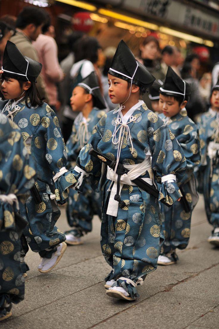 浅草、浅草寺、白鷺の舞/Shirasaginomai ceremony, Sensoji Temple, Asakusa