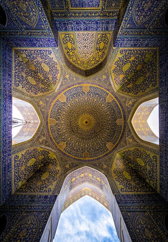 "groundcovers: ""Shah (emam) Mosque in Isfahan, Esfahan, Iran. Mohammad Domiri documents the intricacy of Iranian architecture Northern Iranian student Mohammad Reza Domiri Ganji has photographed these..."