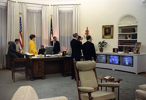Oval Office Decor Through The Decades Feelings King And