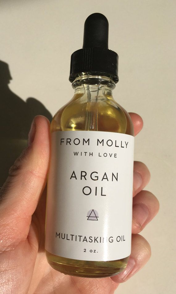 Hydrate hair, skin and nails with this organic Argan Oil. I use this mostly as a hair serum to fight frizz and split ends but you can also use it as a facial moisturizer and a treatment for cuticles+nails. 100 percent pure Argan Oil + Rosemary Essential Oil = a 1-2 punch for smooth, sexy hair. ► Argan Oil is rich in vitamin E and essential fatty acids to deeply hydrate and nourish skin. Grown organically in Morocco, the multitasking formula contains astonishing healing, conditioning, and...