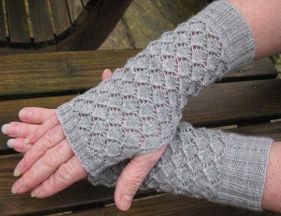Free Knitting Patterns Fingerless Arm Warmers : Lacy Fingerless Gloves - Mittens - Wrist Warmers - Arm Warmer PDF Kni?