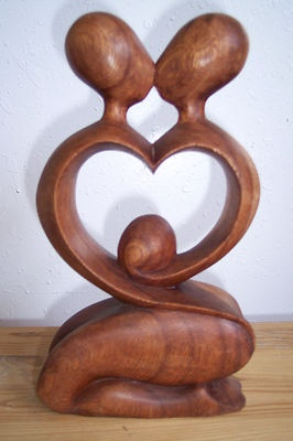 Abstract Modernist Wood Sculpture Hand Carved Artsy Couple Kissing In Love Heart