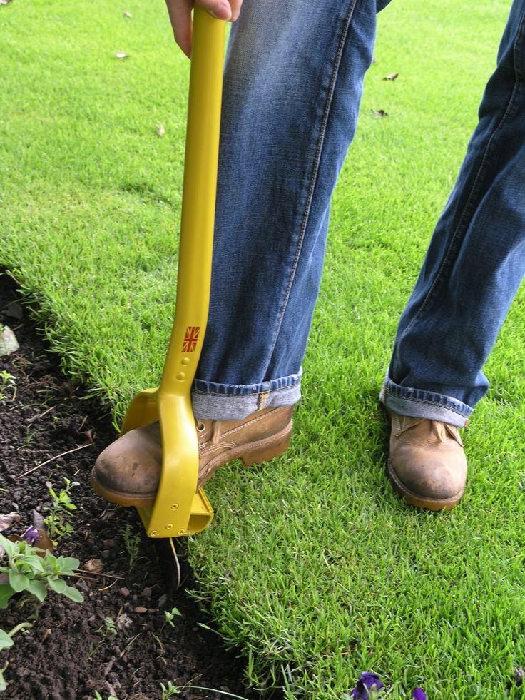 BEST TOOLS FOR GARDENING | Eazi Edger Voted Top Garden Tool