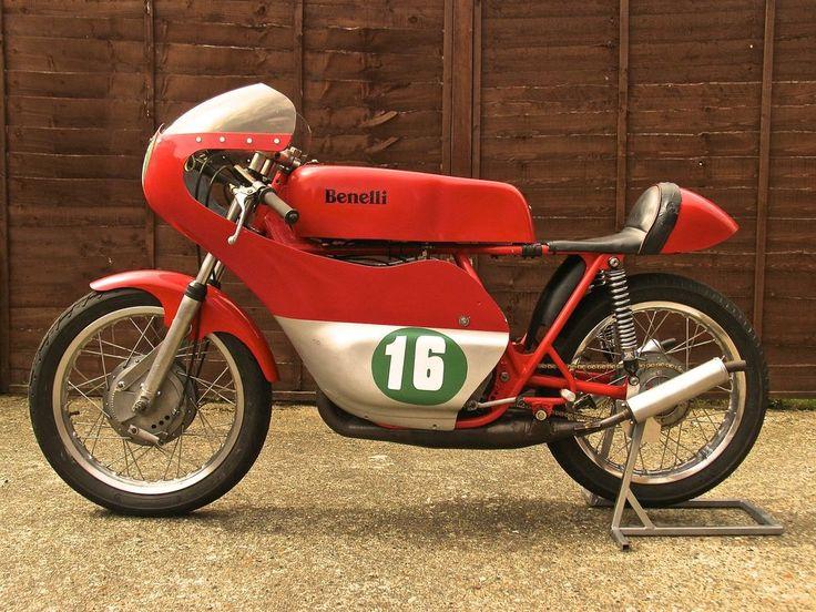 1972 Benelli 250cc Classic Road Race Bike Full Fairing