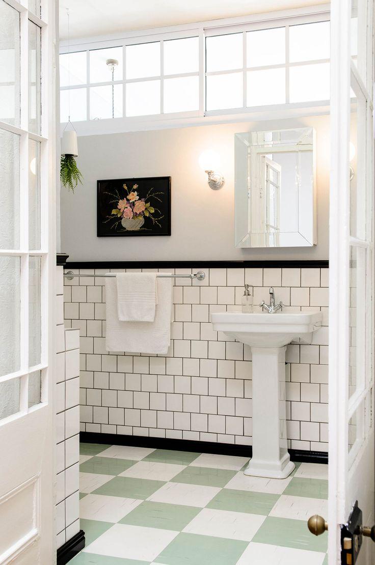 Best 25 Vintage Bathrooms Ideas On Pinterest Cottage Style Green Bathrooms Small Vintage