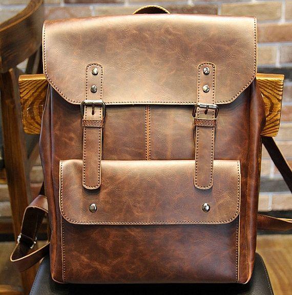 17 meilleures id es propos de sacs dos en cuir sur pinterest sac dos pour ordinateur. Black Bedroom Furniture Sets. Home Design Ideas
