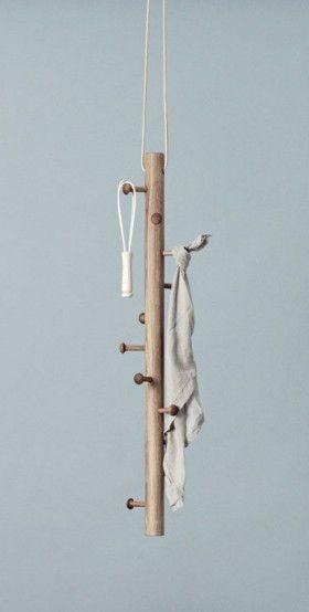 Copenhanger - Garderobe hängend - Eiche - Design - Holz