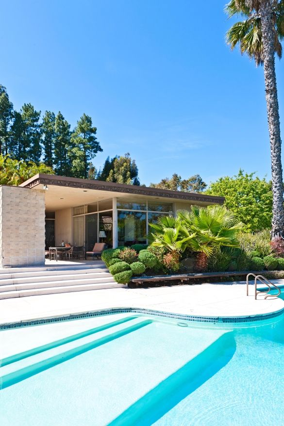 The Home of Art Linkletter, featured in Architectural Digest in 1959