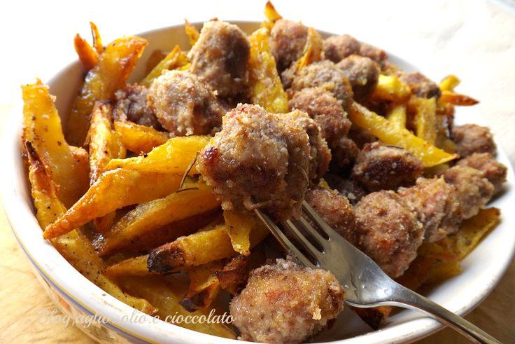 Patate e Polpette al forno,il classico piatto della Domenica che adorano tantissimi i bambini!! a casa mia anche i grandi!!