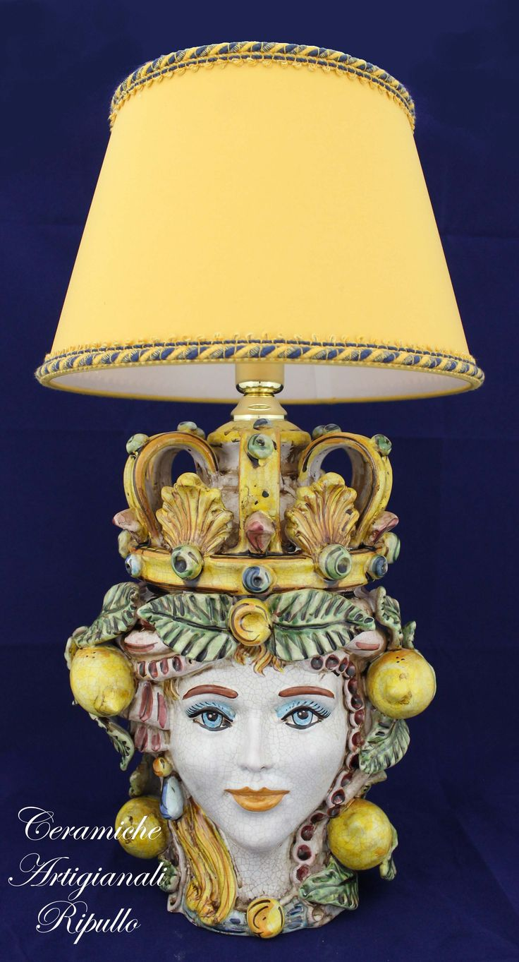 Bedside lamp Head Queen ceramic of Caltagirone Lume Testa Regina