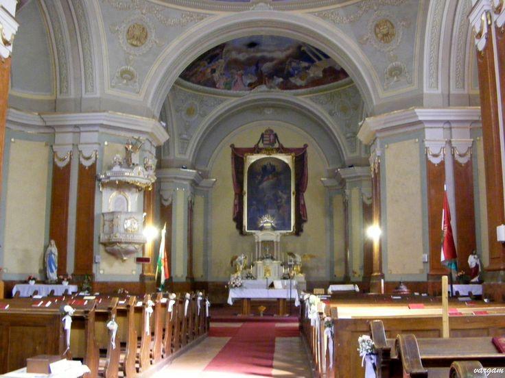 Kisbér - Katolikus templom belső