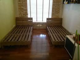 """Képtalálat a következőre: """"cama de casal de pallet"""""""
