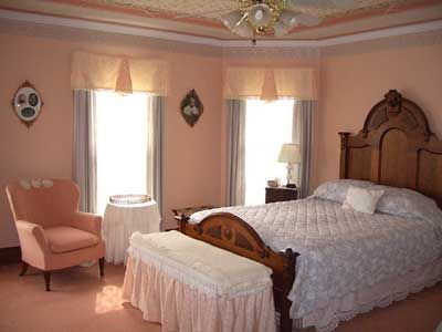 colors on pinterest paint colors guest rooms and peach bedroom