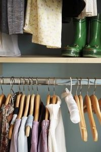 How to Organize a Small Bedroom Closet thumbnail
