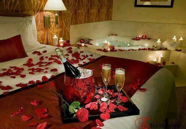 Honeymoon suite <3 Absolutely beautiful!