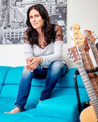 Sharon den Adel van Within Temptation is rockster én moeder