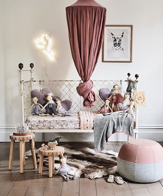 A little flashback to one of my favourite kids spaces for @nanahuchy styled by me 📷 @jamesgeer 💫 #kidsstyling #styling #interiorstyling #girlsroom #nursery