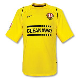Nike 05-06 Dynamo Dresden Home Shirt Including Bundesliga Logo http://www.comparestoreprices.co.uk/football-shirts/nike-05-06-dynamo-dresden-home-shirt.asp