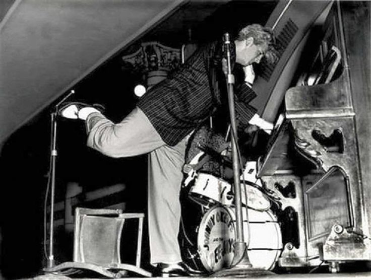 Jerry Lee Lewis - Australia in Jan -Feb 1958 when he toured with Buddy Holly