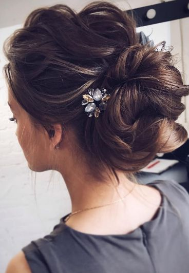 Best 25+ Bridesmaid hair ideas on Pinterest