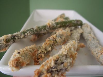 Snackers Delight: Crispy Baked Parmesan Asparagus Spears
