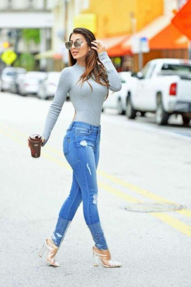 sexy-girls-wearing-jeans