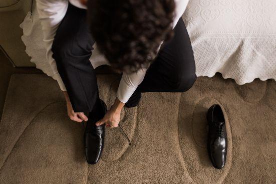 casamento denise & lessandro-making off noivo, noivo se arrumando,