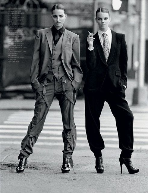 Love this. Very sophisticated look and style. Editorial-fashion photography.