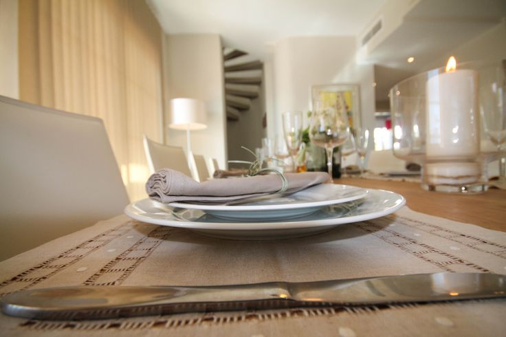 Dining table, details by Pulse Interior Design