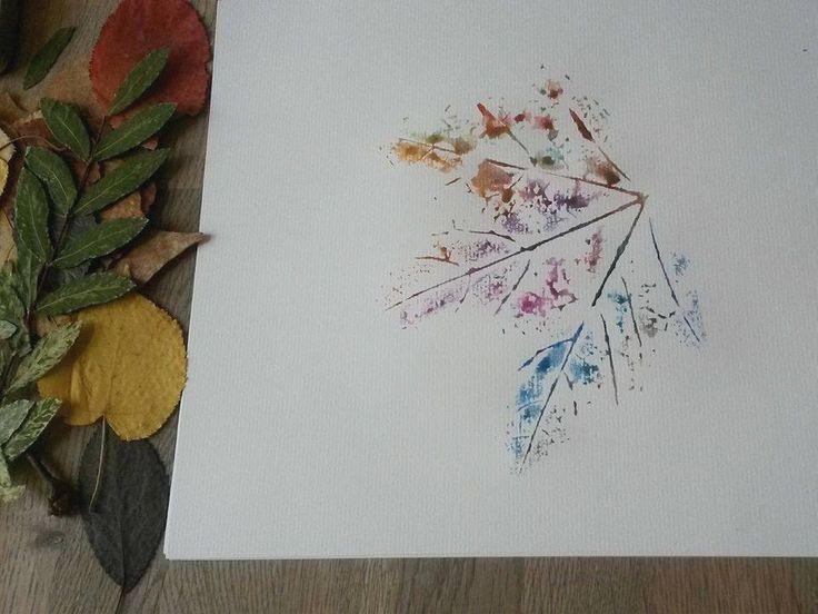 Stempel kaufen oder extra basteln war gestern. Über Stempel der Natur steigen wir jeden Tag drüber ohne es zu wissen – die Rede ist von Blättern! Ein tolle Idee für Post- und Geburtstagskarten oder für Bilder im Rahmen. Alles...