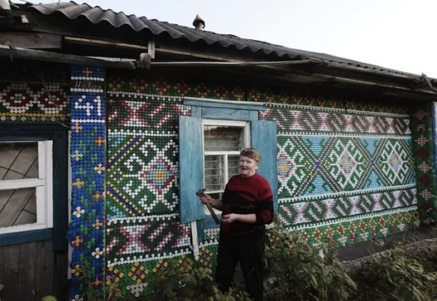 COLORFULLY PATTERNED HOUSE SHOWCASES 30,000 BOTTLE CAPS