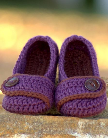 toddler slippers crochet pattern-I would wear these if they were my size!