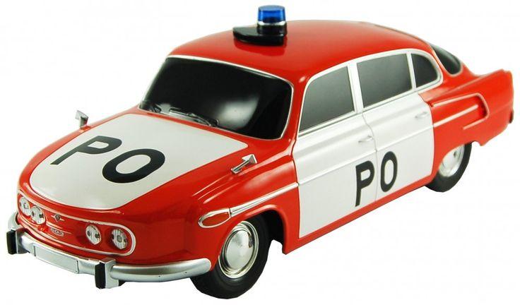 RC model auta Tatra 603 z edice Retro cars v měřítku 1:14 s elektrickým pohonem, precizně zpracovanou karosérií, odpruženou přední i zadní nápravou a funkčním LED osvětlením.