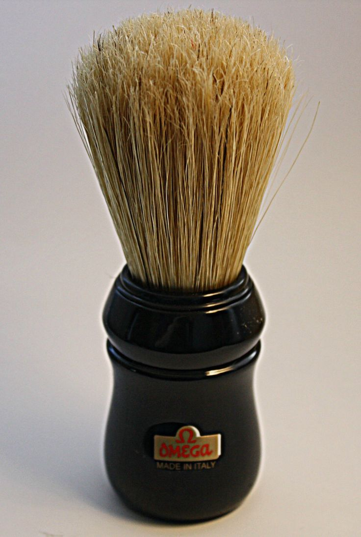 Why I like this Omega Boar's Hair Shaving Brush. First, it's a high quality brush made in Italy for professional barbers. Second, it's been pretreated to jump start the break-in process. With all animal hair brushes and boar's hair in particular, the break-in process can take up to two weeks. The pretreatment has eliminated some of the typical aroma from a fresh brush and jump started the splint ends which is actually a good thing. Third, boar's hair brushes exfoliate the skin. Unlike…