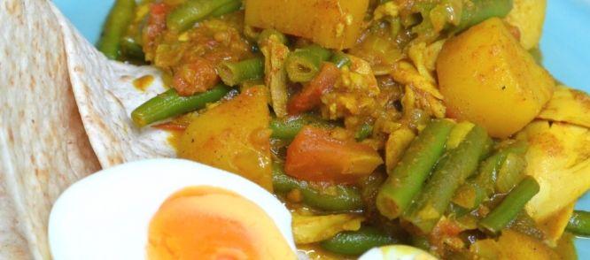 Een heerlijk recept voor Surinaamse roti met masala kip. Een gegarendeerd succes in onze familie en vriendenkring! Kijk voor meer leuke recepten op:www.o...
