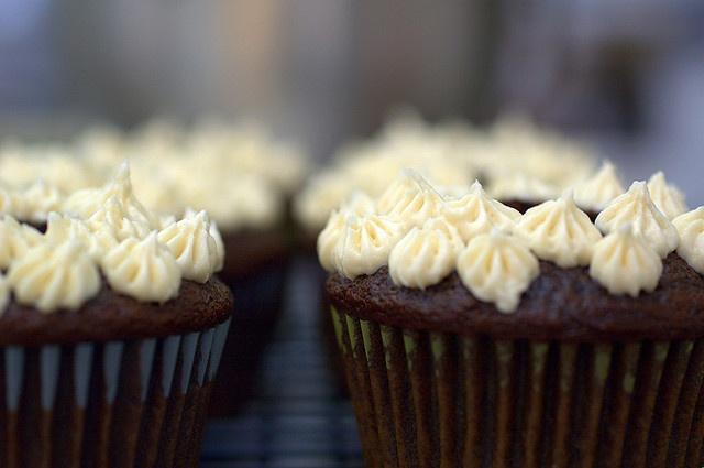 irish car bomb cupcakes by sassyradish, via Flickr - veganize
