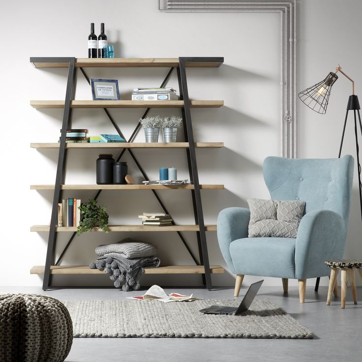 Pastelowe kolory i loftowy styl <3  Kochamy takie dodatki #design #interior #loft   fotel: https://9design.pl/product-pol-13543-LaForma-Regal-na-ksiazki-DISSET-150-x-180-cm.html
