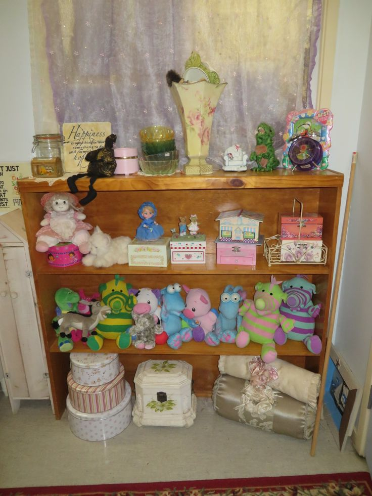 Displaying toys in an inviting way