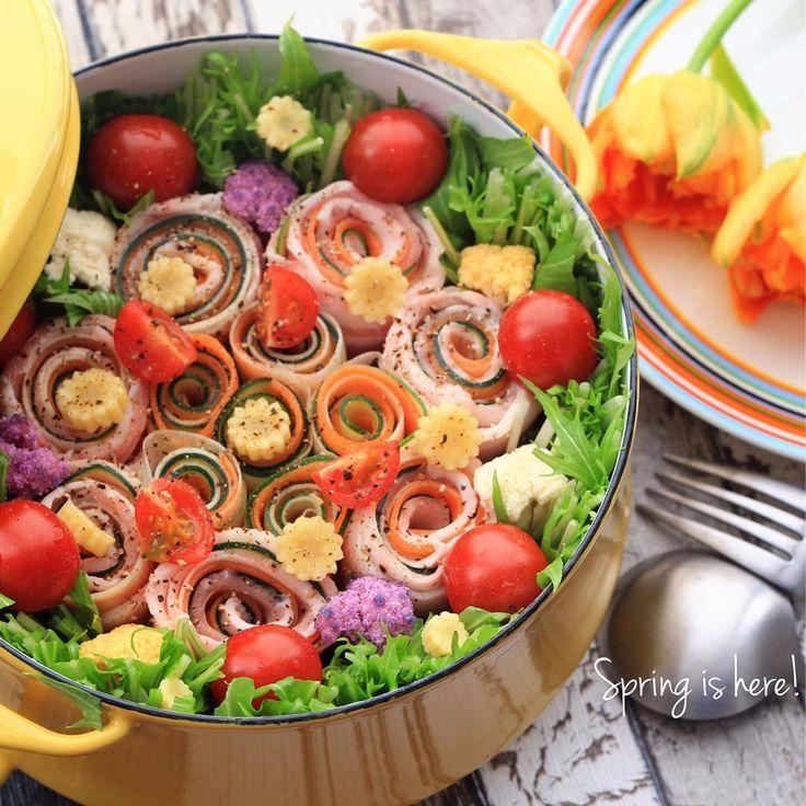 鍋をはなやかにしてくれる「お花畑鍋」。きれいにつくるポイントは? | MYLOHAS