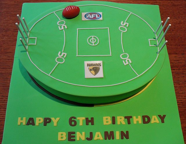 AFL Football Field Cake, via Flickr.
