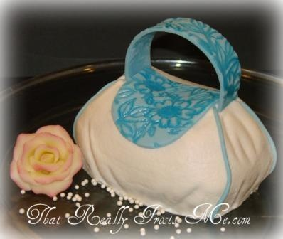 That Really Frosts Me: Mini Purse Cake Tutorial
