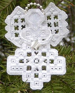 Hardanger Angel Ornament from Kreinik #freehardanger