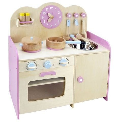 Traditional Toys - Wooden Kitchen pretend play-set. This lovely kitchen play-set will delight any budding master-chef! £64.99 with free UK mainland delivery.