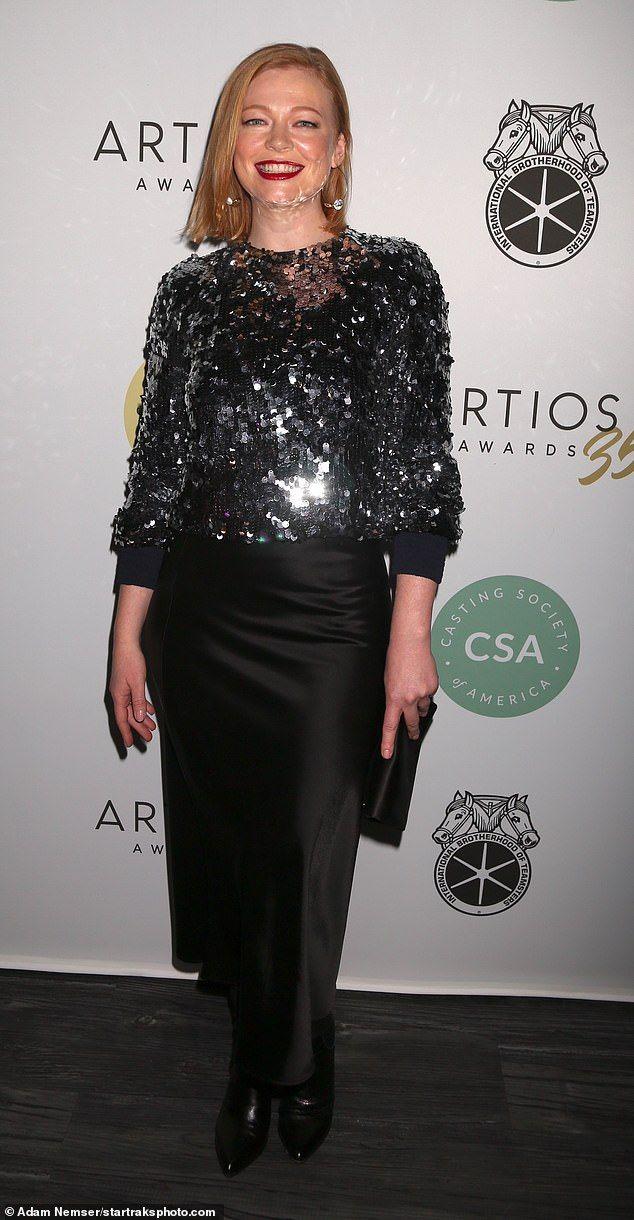Australian Actress Sarah Snook In Talks To Join The Glass