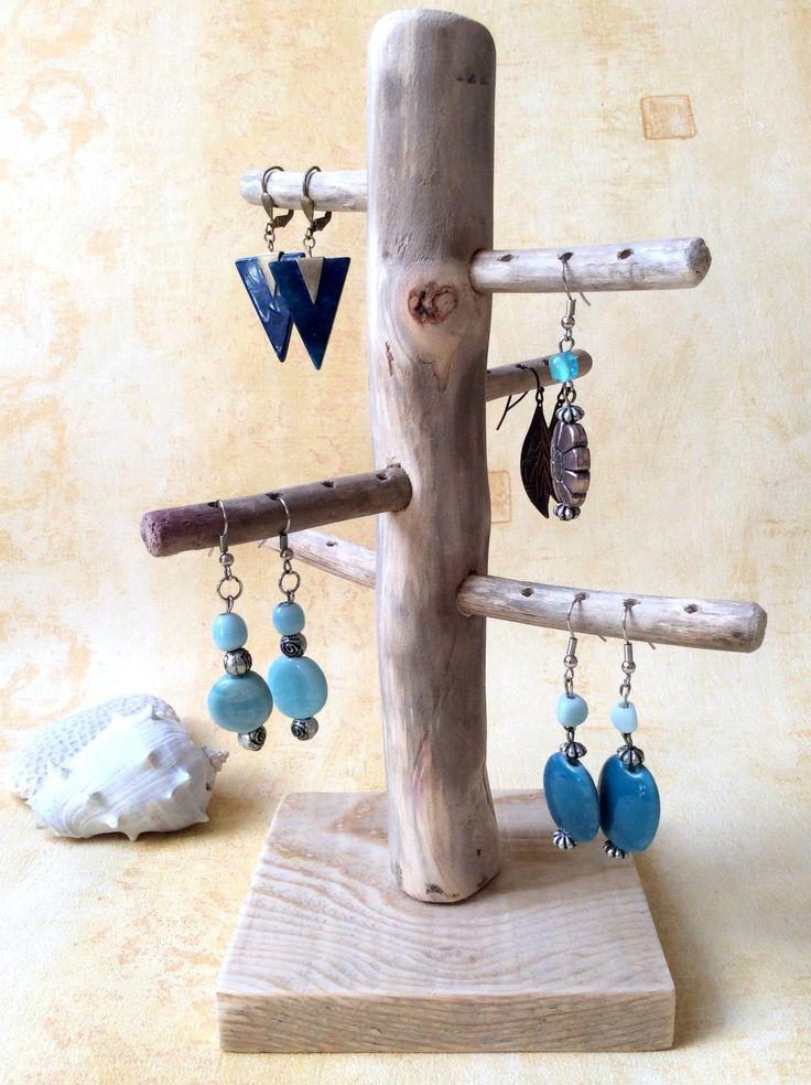 Arbre+à+bijoux+en+bois+flotté+par+l'Atelier+de+Corinne+:+Accessoires+pour+bijoux+par+atelier-de-corinne