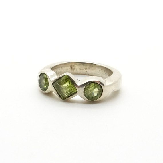 Sterling Silver & Peridot Ring Size 8 - Modernist Design - Multistone Ring - Olivine Ring - Birthstone of August - Green Gemstone Ring at VintageArtAndCraft