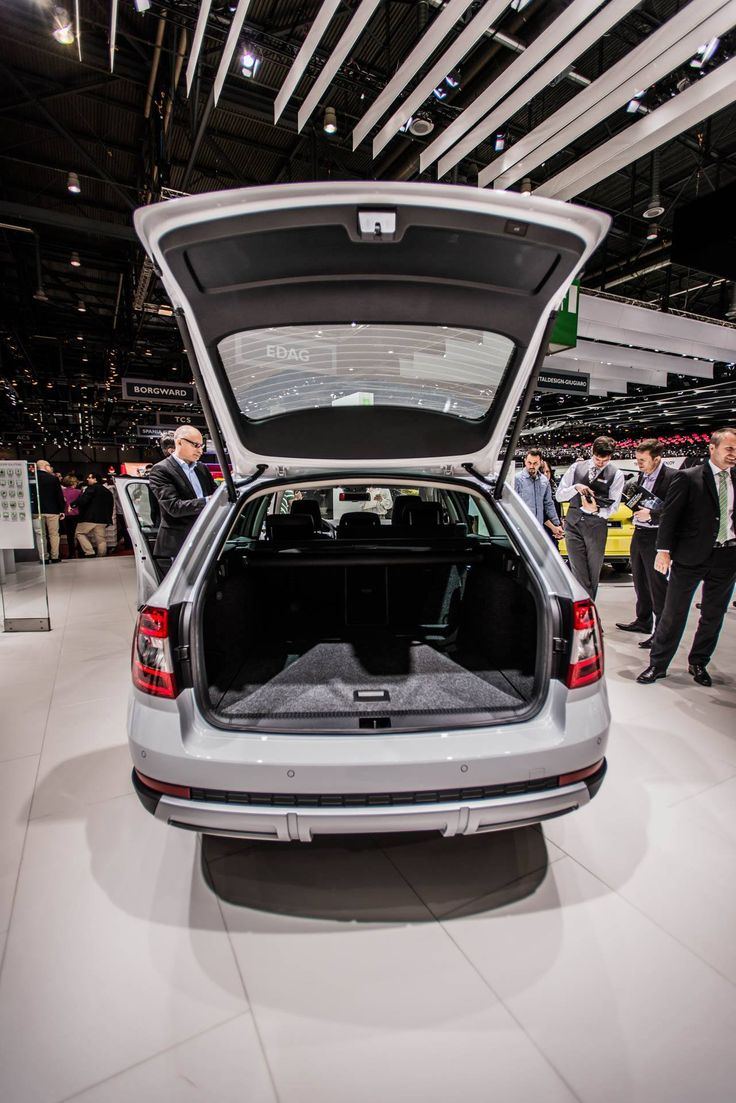 Plenty of room for up to five passengers and 610-litre luggage compartment --> http://www.skoda-auto.com/en/models/octavia-scout/ #octaviascout #octavia #skoda #genevamotorshow