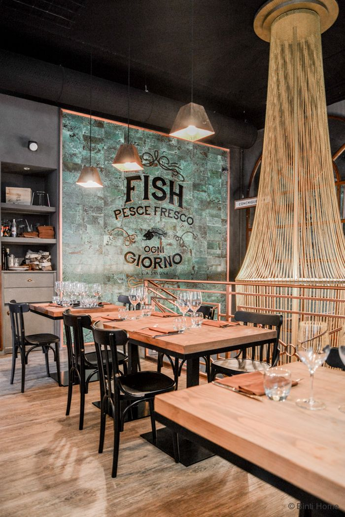 pinned by barefootstyling.com FISH restaurant Milaan ©BintiHome