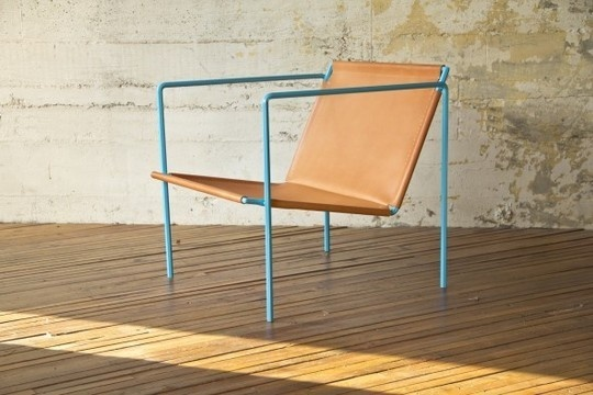 Kidcollective_rect540 - love this chair.  Leather and blue metal - perfection.Lounges Chairs, Leather Hex, Furniture Accessories, Furniture Object Details, Furniture Design, Leather Chairs, Hex Sling, Modern Design, Chairs Crushes