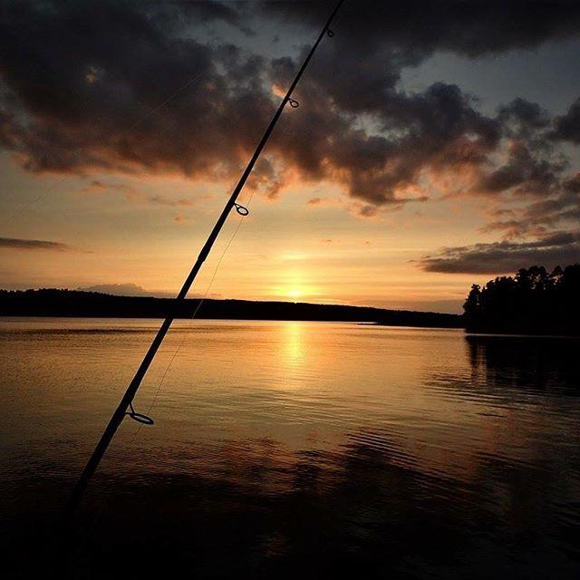 En flott tur selv uten en eneste fisk på kroken!  #heltvilt #eventpartnernorge #norge #fiske #natur #norway #nature #fishing #jakt #jegerliv #norgesjegere #hunting #villmarksliv #friluftsliv #tur #outdoor #visitnorway #hobie #hobiecat #hobiekayak #kajakk #kajakfiske #kajakktur #kayakhunting #kayakfishing #kayak #kayaks #hobiefishing #kayaklife #adventure